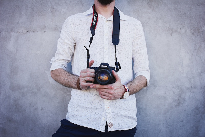 Hiring A Photographer? Check Out These 10 Tips!